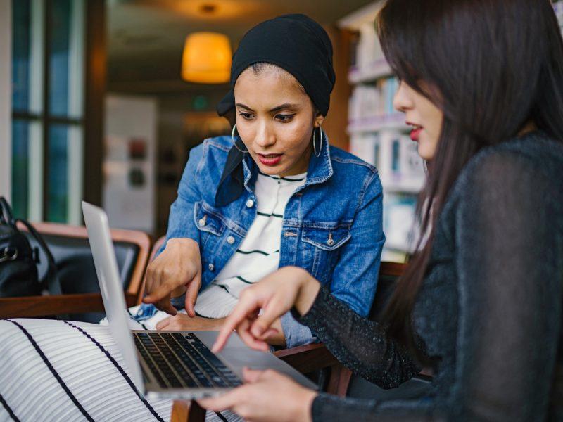 business-women-collaborate-collaboration-1569076.jpg